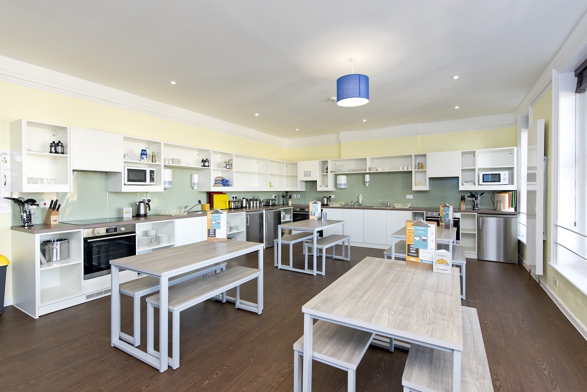 YHA Swanage - self catering kitchen