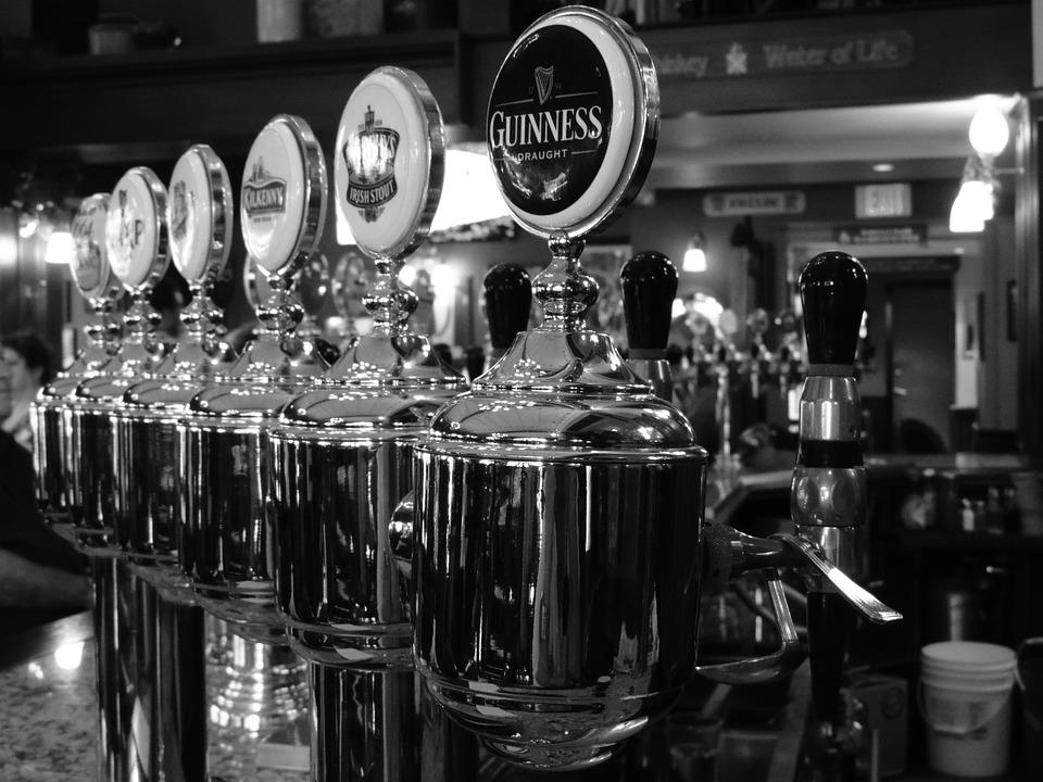 draft beer bar taps