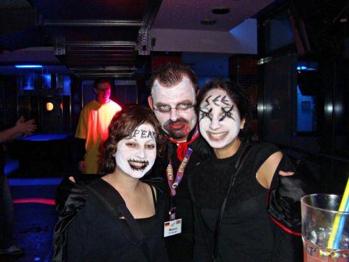 hostel Halloween parties berlin budapest Newyork london lisbon