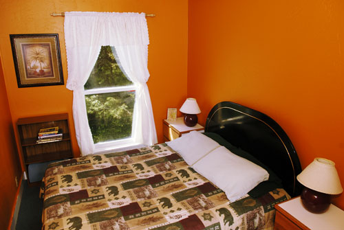 redwood hostel private room