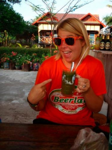 beerlao tshirt backpacker drink sunglasses outside mojito happy hostel travel