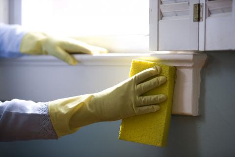 cleaning-laundry-bathroom-hostel