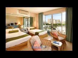 hostel hotel compare honolulu